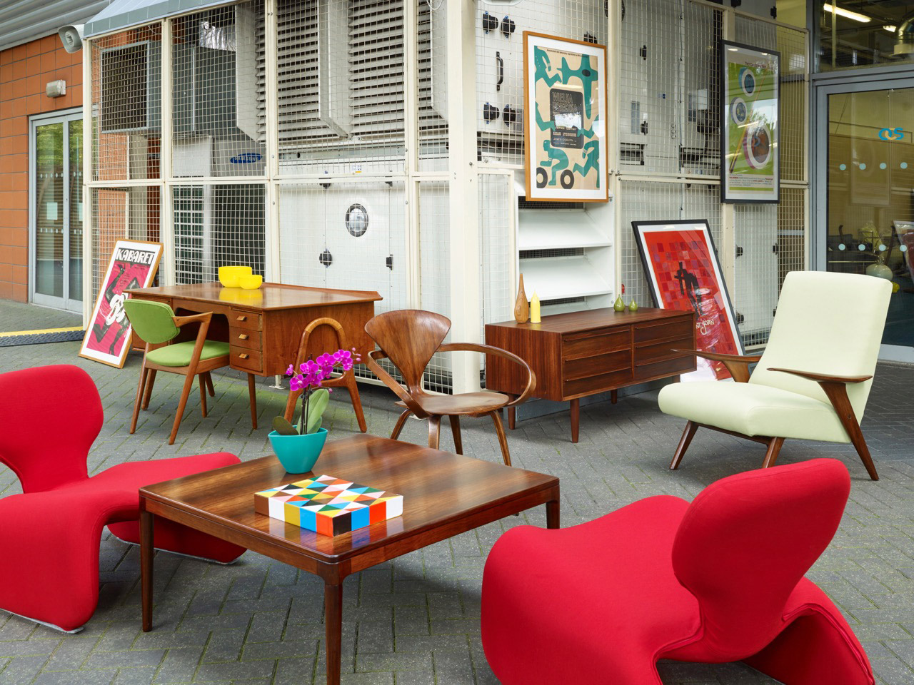 Our Story Modern Shows Destination For The Best In Midcentury